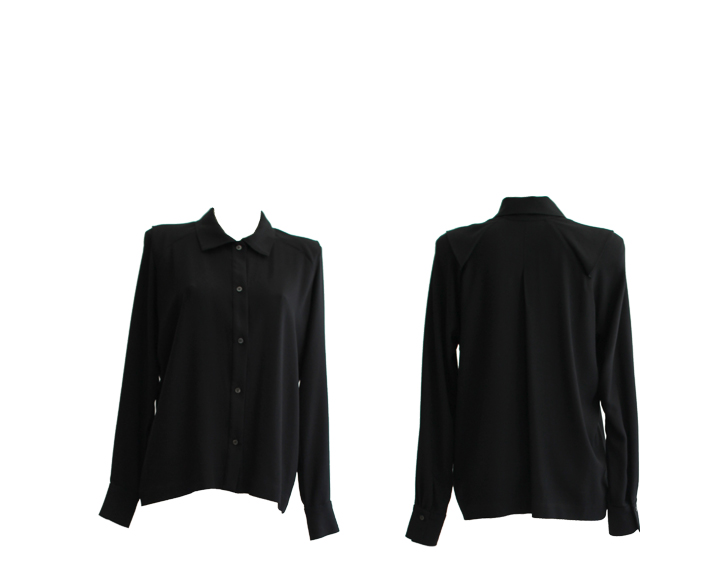W18 B07 blouse shoulder flaps viskose black
