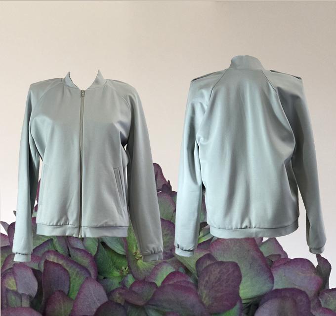 W20 J02 blouson shoulder pleat light grey